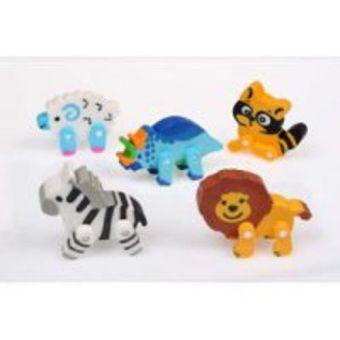 Ластик цветной в форме фигурок животных из синтетического каучука в индивидуальной упаковке с европодвесом.