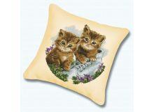 Наборы для вышивания. Подушка Котята (канва голубая) (025)