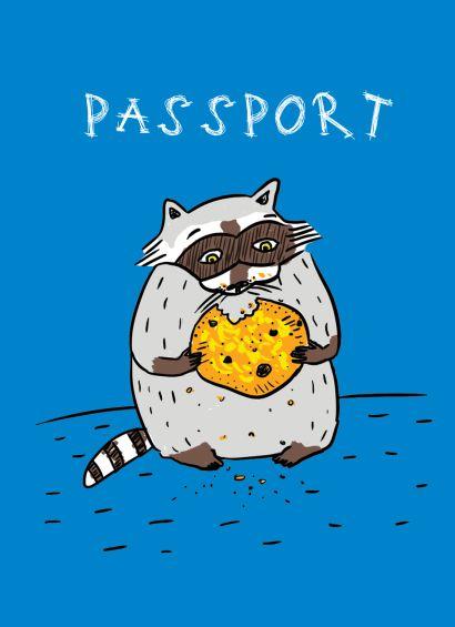 Енот и любимая печенька (обложка на паспорт) - фото 1