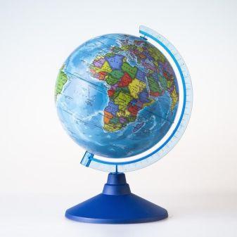 Глобус Земли политический. Диаметр 210мм