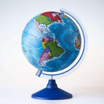 Глобус Земли политический 210 мм. с подсветкой от батареекКлассикЕвро