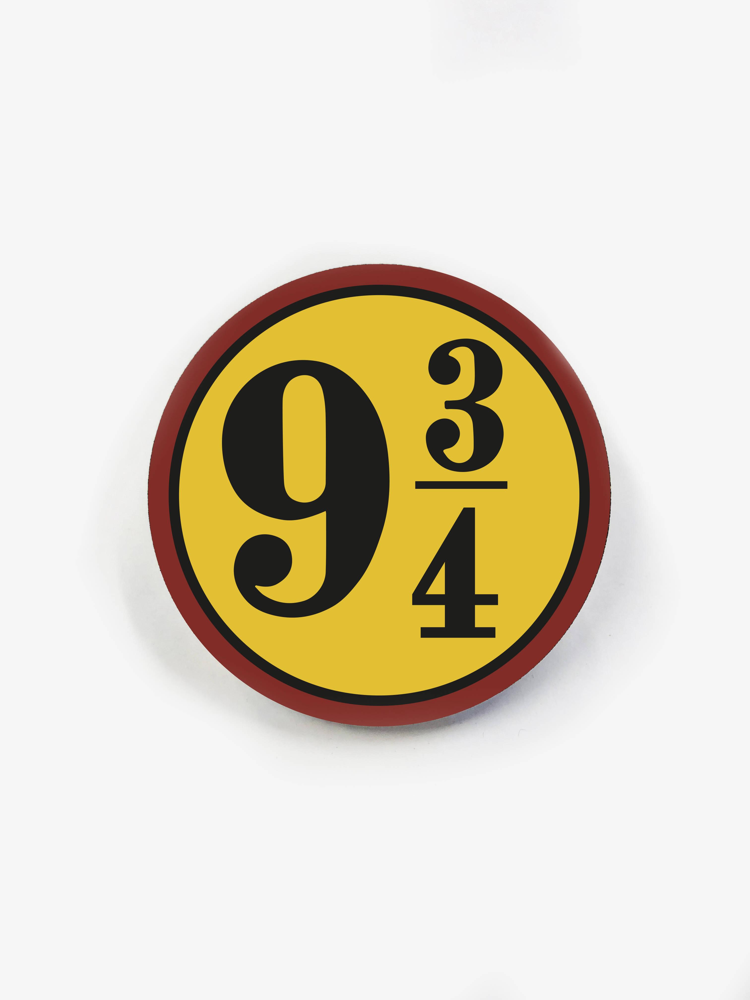 Деревянный значок. Платформа 9 и 3/4 сувенир ohmypeter значок деревянный цветной peter hi в блистере omp40081
